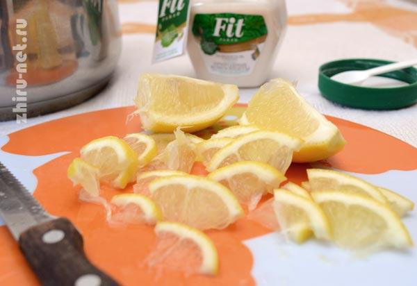 лимон-ломтиками
