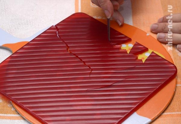 вырезаем-лепестки-гвоздики