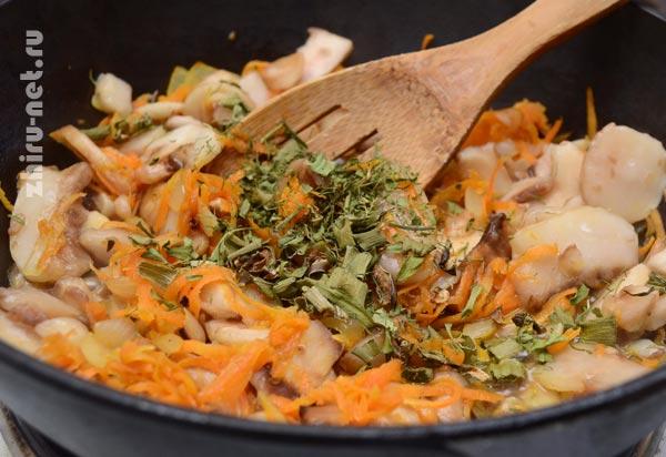 добавить-грибы-и-зелень